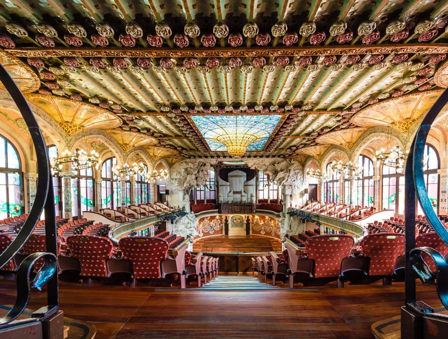 Palau-de-la-musica-catalana-interior-hall-barcelona1