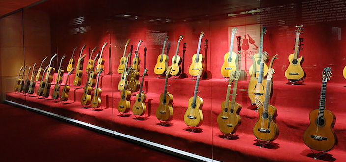 Guitar collection of the Museu de la Música de Barcelona © Photo: Enfo