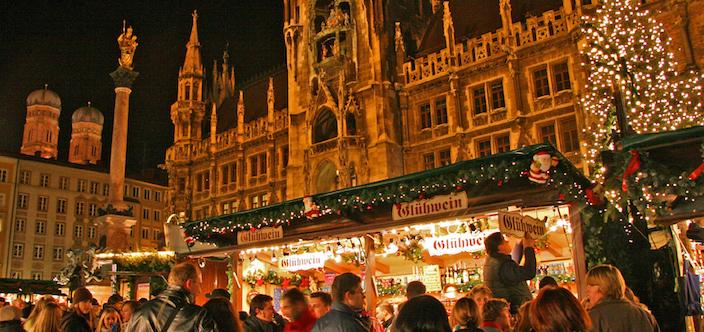 Christmas Market in Munich @ Weihnachtsmarkt Marienplatz