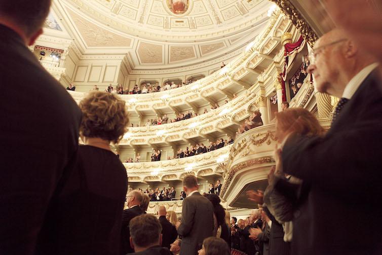 Festival audience at the Semperoper; Dresden © Sonja Werner