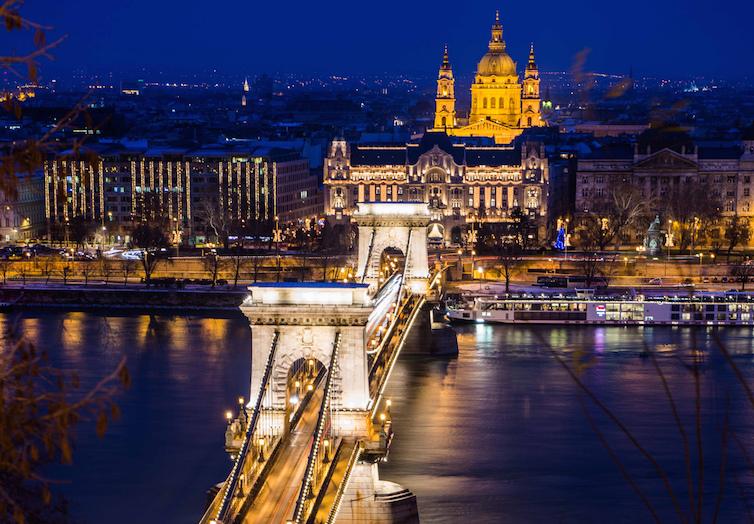 Budapest © (cc) Rodney Ee