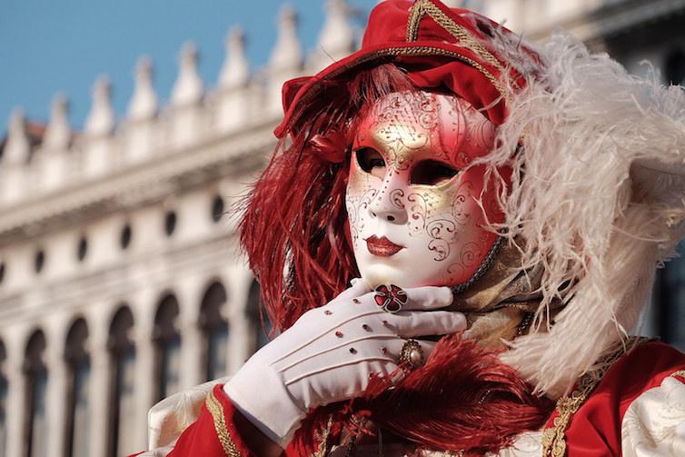 Carnival in Venice © Andrew Stawarz