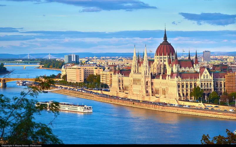 Budapest © Moyan Brenn