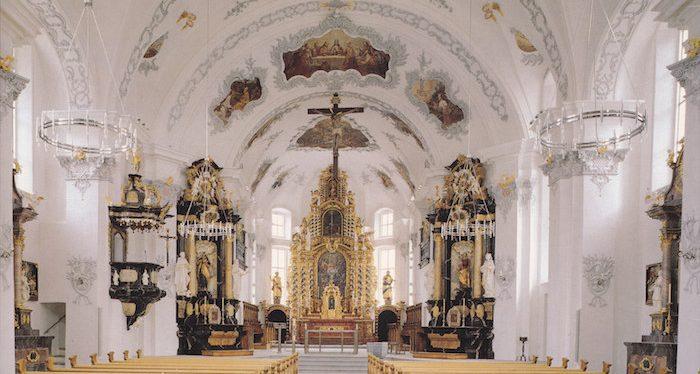 Kirche St. Peter und Paul © Andermatt