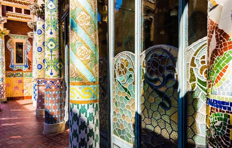 mosaics-palau-de-la-musica-barcelona-modernism