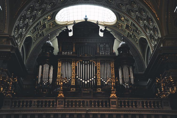 St-Stephens-Cathedral-Budapuest-Organ-Raffi-Asdourian