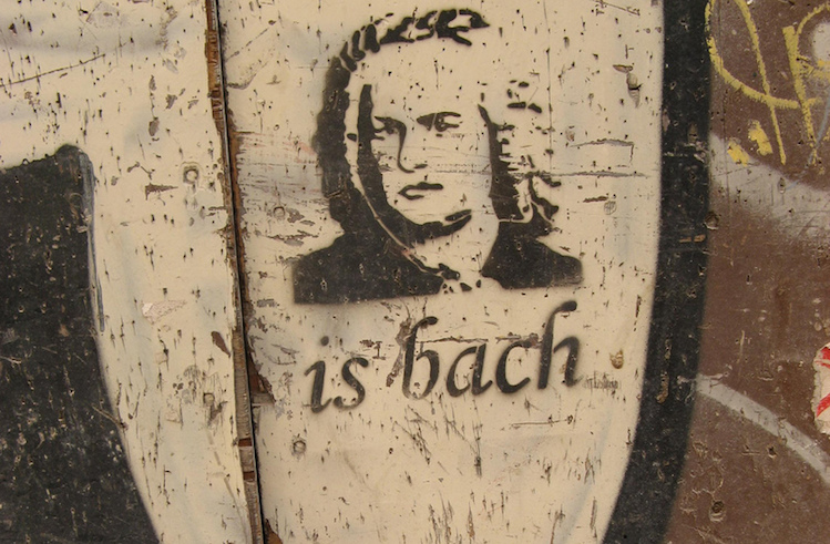 Bach is back © Tnarik Innael