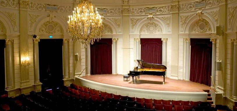 Het-Concertgebouw-Kleiner-Zaal-c-Leander-Lammertink