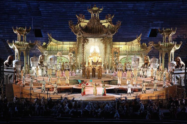 A performance of Turandot at the Arena di Verona © Fondazione Arena di Verona